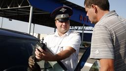 Российских водителей арестовывают за езду с тонировкой