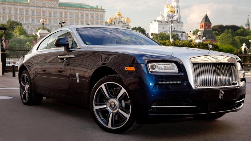 Продажи Rolls-Royce в России упали почти на четверть