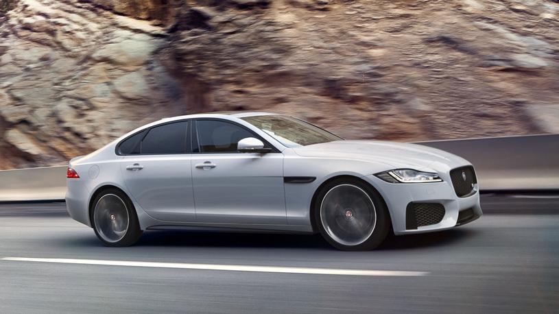 В России отзывают на ремонт более полутора тысяч дефектных Jaguar