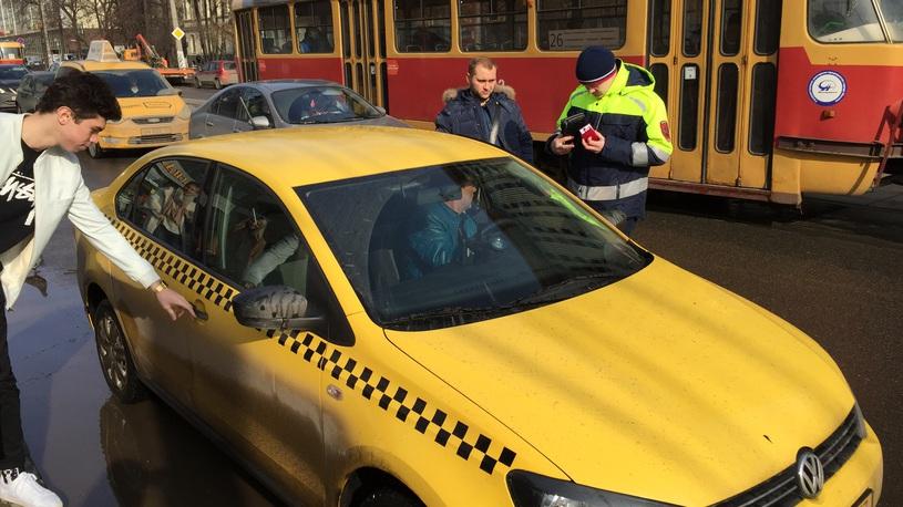 Водителей-гастарбайтеров могут вернуть на дороги