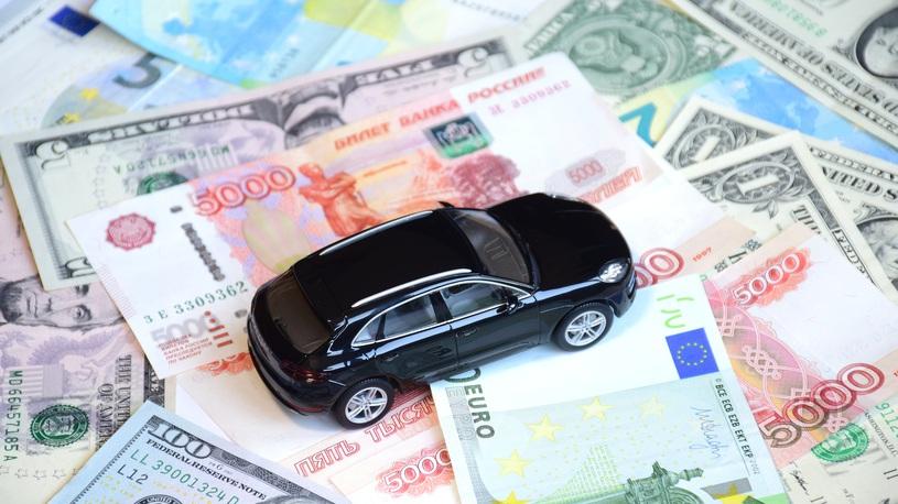 25 автомобильных компаний в России поменяли цены за месяц