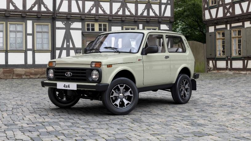 В России начались продажи юбилейной Lada 4x4