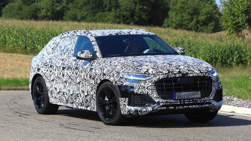 Audi вывела на тесты спорткар в обличье кроссовера