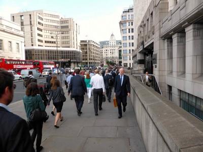Безработица в Британии упала до минимума за 7 лет