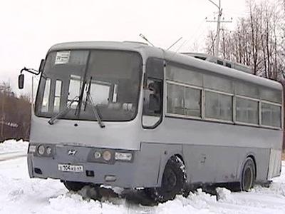 Магадан засыпало снегом