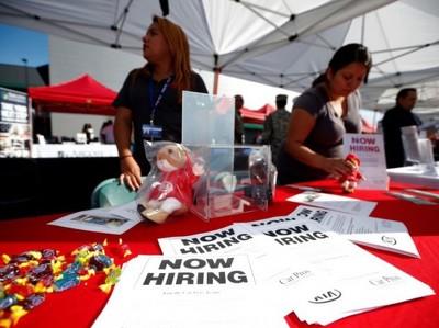 Заявки по безработице в США на максимуме за полгода