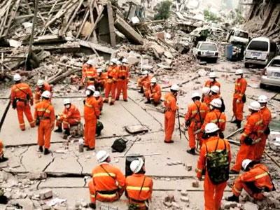 Землетрясение в Китае: жертв уже 175