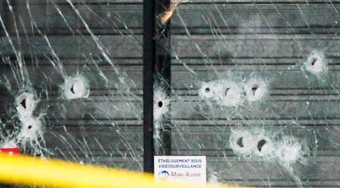 В Париже снова открылся атакованный террористом кошерный супермаркет