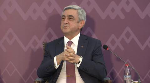 Президент Армении встретится с участниками протестов