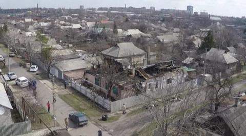 В Донецке несколько снарядов попали в жилые дома