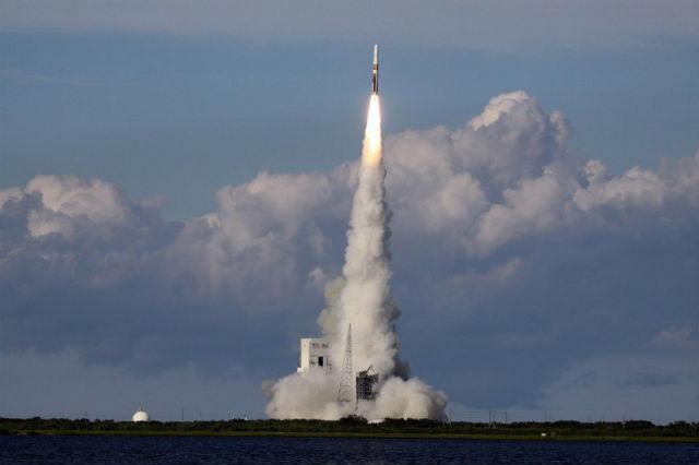 На какой ракете отправятся туристы в космос, пока не ясно (фото SEG).