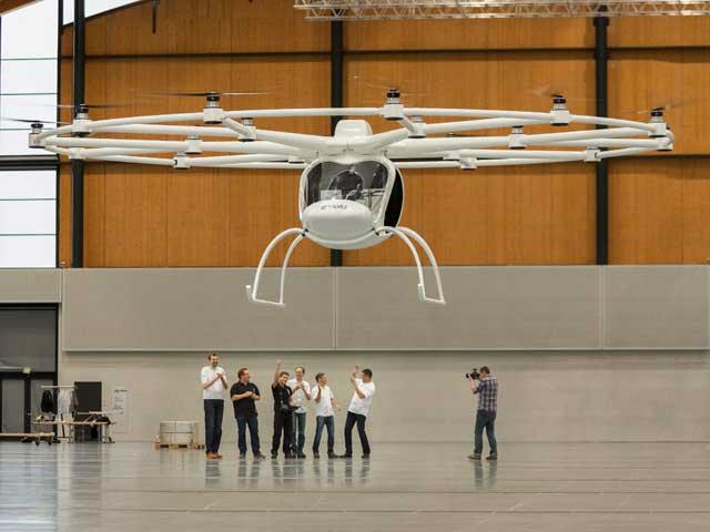 Прототип волокоптера, который пока испытывали лишь в ангаре (фото E-Volo).