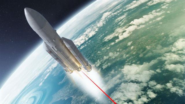 Ракетам будут придавать ускорение сверхмощные лазеры (иллюстрация solarseven, Nikonaf/Flickr).