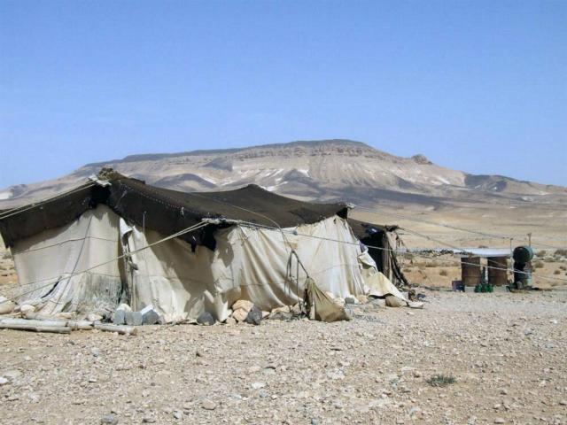 По оценкам, около 1,5 миллиона человек бежали из засушливых регионов Сирии (фото Stephen Starr/IRIN).
