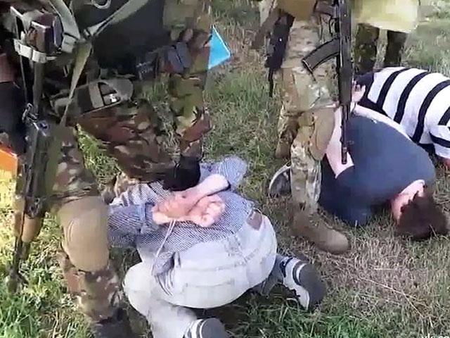 Журналистов зверски избили и изнасиловали толпой на Украине ...