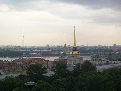 Заксобрание Петербурга запретило продажу алкогольных энергетиков