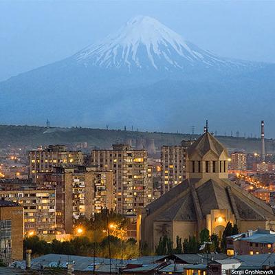 Участники акции протеста против удорожания электроэнергии провели шествие в центре Еревана