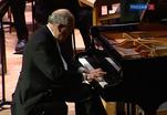 Знаменитый пианист Джон Лилл дал концерт в Консерватории