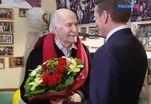 Артиста Зельдина поздравили президент России и глава российского правительства