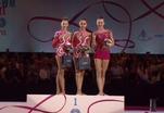 Российские гимнастки получили аплодисменты за пение