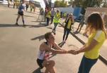 Предложение руки и сердца вошло в традицию московского марафона