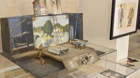 Открылась выставка Ольги Твардовской и Владимира Макушенко, создавших новую театральную зрелищность