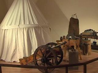 Воссозданное старинное оружие выставили в Нижнем Новгороде ко Дню народного единства