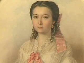 Во Владивостоке выставлены акварельные портреты XIX века из музея-усадьбы