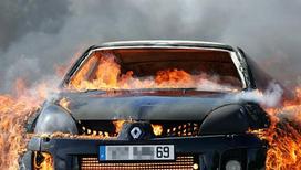 Автомобилистам разрешили взрывать машины обидчиков