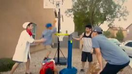 Тайм-аут. Любители баскетбола сплотились в необычную команду